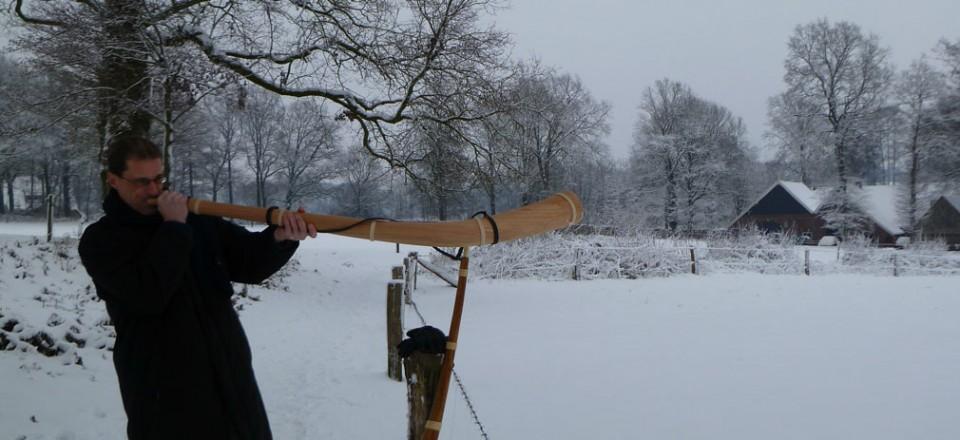 Bloaz'n in de sneeuw bij Watermolen van Frans